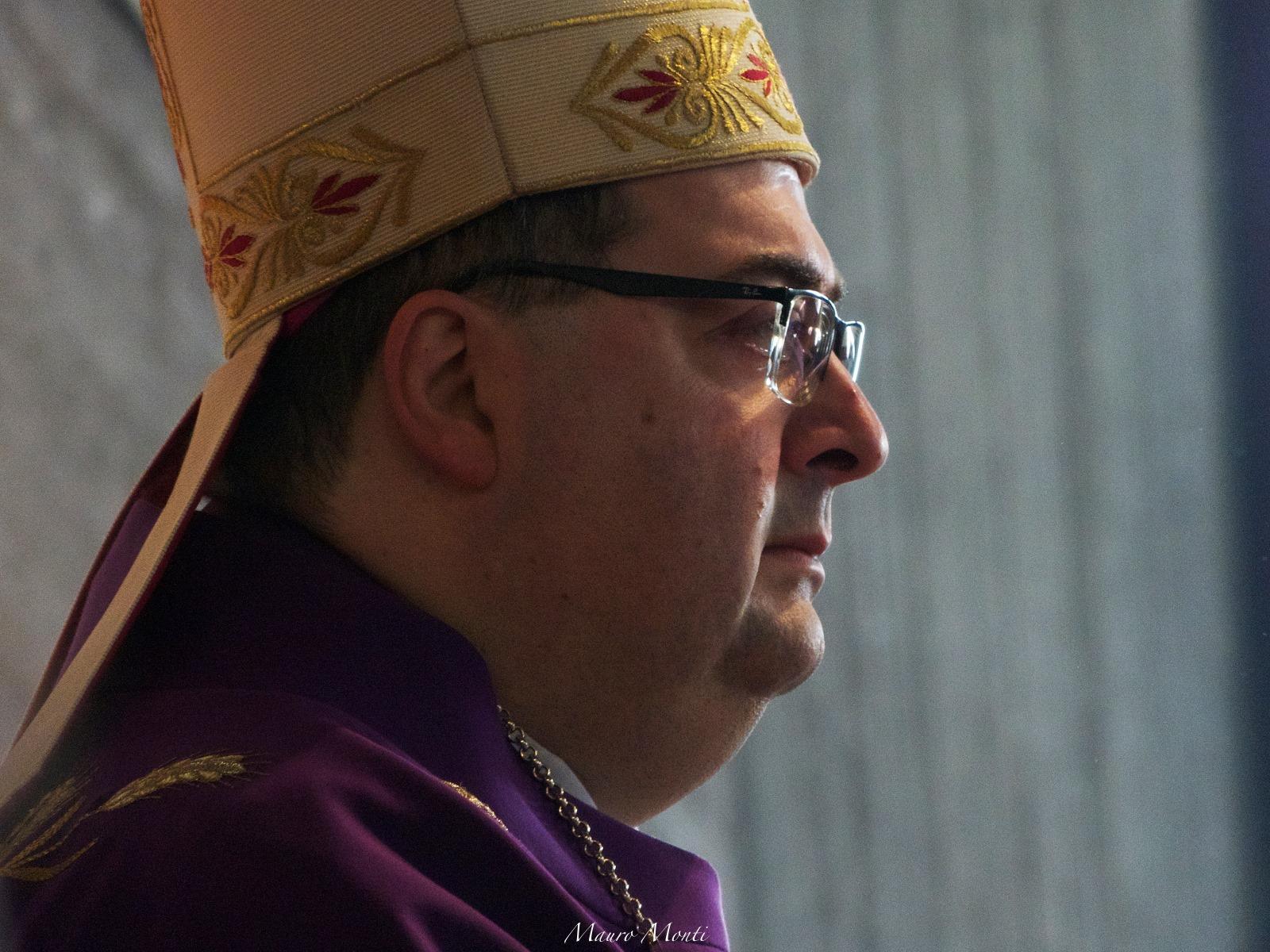 S.Messa e benedizione dei presepi presieduta da Mons. Morandi segretario della Congregazione della Fede